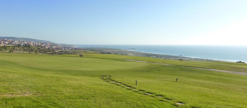 Dominant superbement l'océan, le golf de Taghazout Bay est critiqué pour être très exigeant