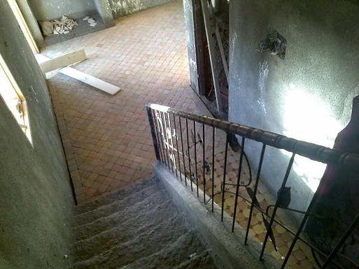 Les balustrades de Mustapha installées dans les escaliers