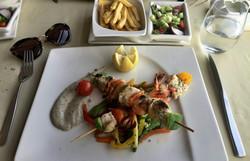 Brochettes grillées de la mer