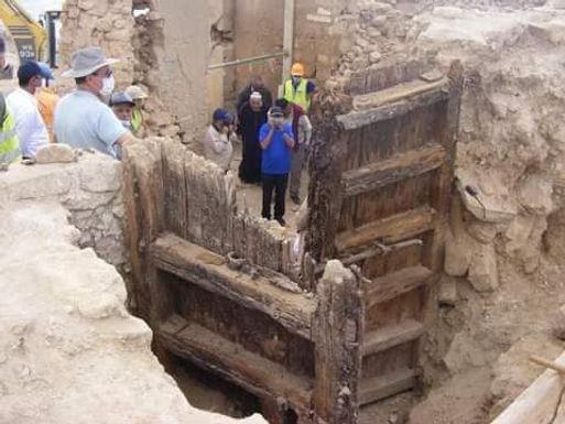 Découvertes de l'époque saâdienne à la Kasbah d'Agadir: une massive porte en bois revoit le jour
