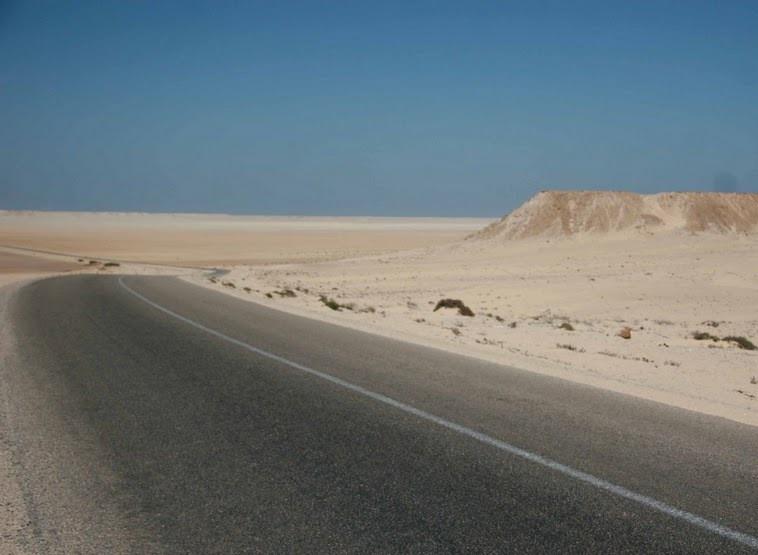 La route Agadir-Dakhla est en cours de transformation en voie express.