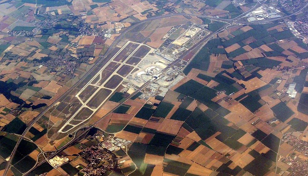 L'aéroport de Lyon Saint-Exupéry, bien relié à celui d'Agadir