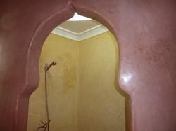 Douche en arrondi de style mosquée