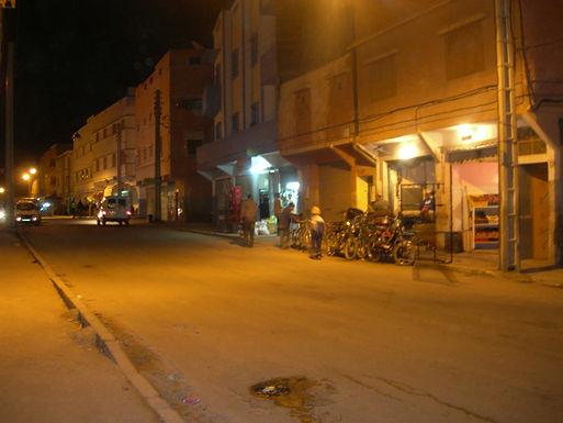Tikiouine : un soir de la vie ordinaire dans la banlieue d'Agadir