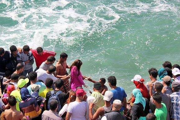 Moussem d'Imourane, à 14 km d'Agadir : embruns des sept vagues et fantasia