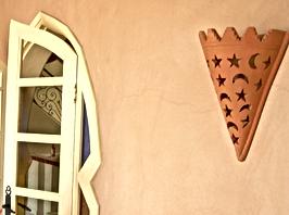 Galerie Souss, terre cuite, Sidi Bibi, porte-fenêtre