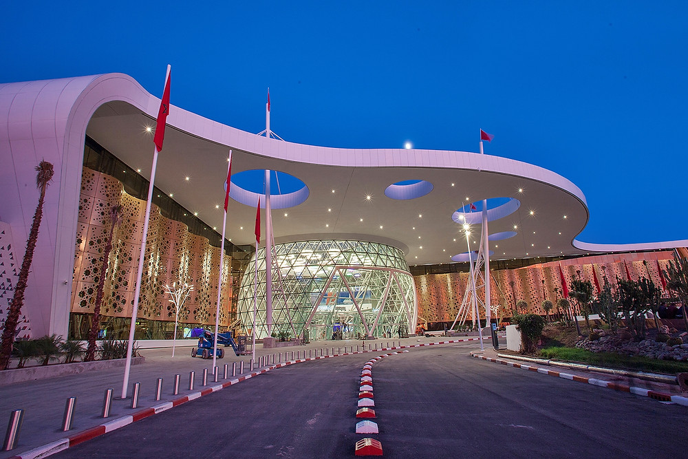 Le nouveau terminal de l'aéroport Menara de Marrakech, signé du bureau d'architecture Abdou Lahlou.