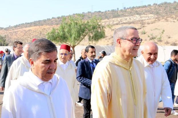 De gauche à droite :  Brahim Hafidi, président du Conseil régional de Souss  Massa, Ahmed Hajji, wali de la Région, et Salah El Malouki, maire d'Agadir.