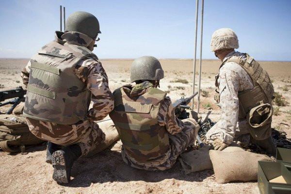 Manoeuvres 2014 avec les forces américaines.