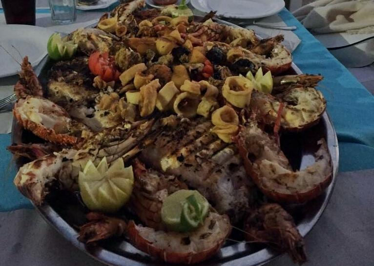 Plantureux poissons et fruits de mer
