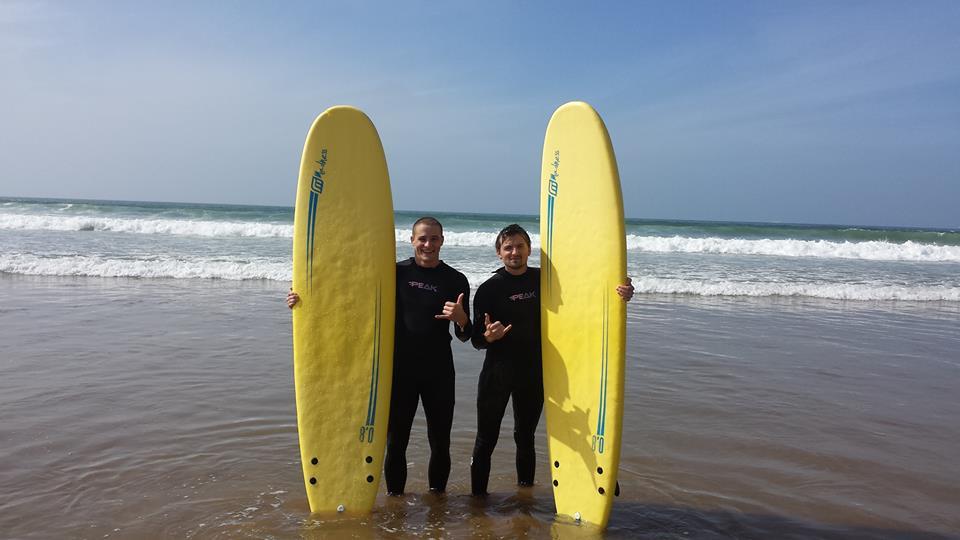 Surf dans l'Atlantique
