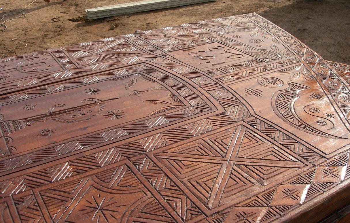 Le Jardin aux Etoiles : portail principal amazigh achevé