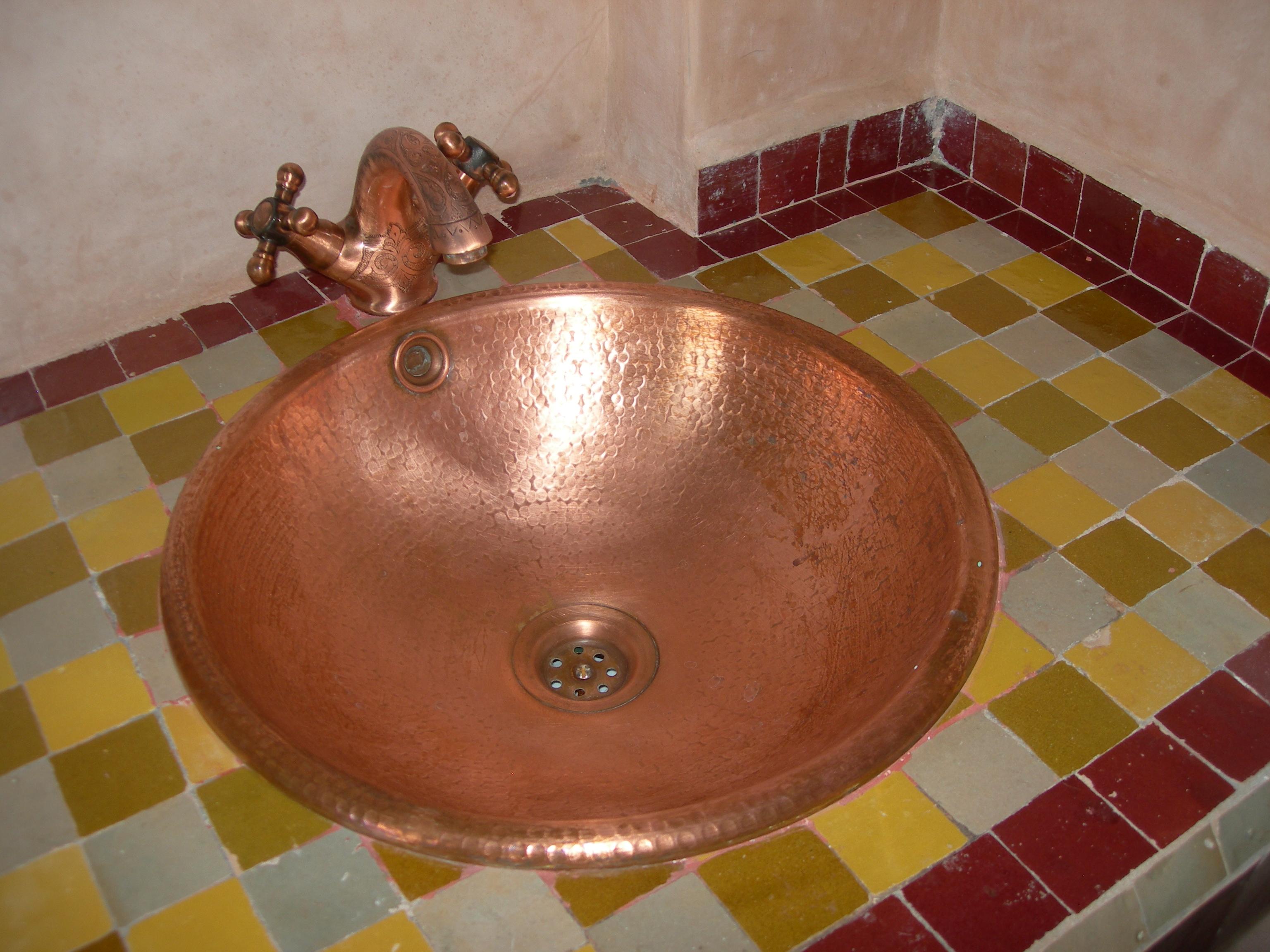 Vasque en cuivre