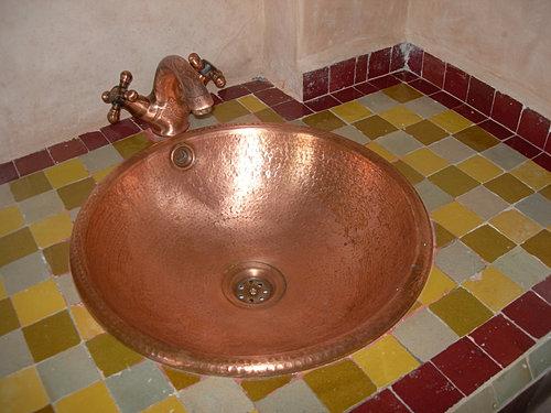 salle de bain marrakech. Black Bedroom Furniture Sets. Home Design Ideas