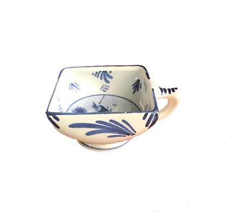 Delft Blue Square Bowl with Handle