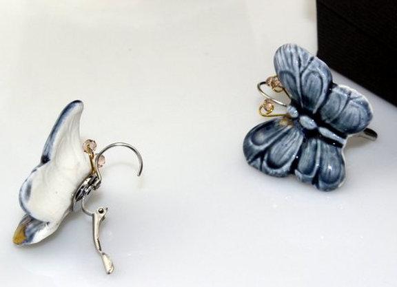 Boucles d'oreilles papillons de porcelaine