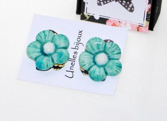 Boucles d'oreilles fleurs en porcelaine