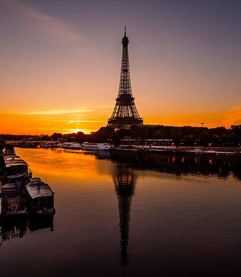 EiffelRed.jpg