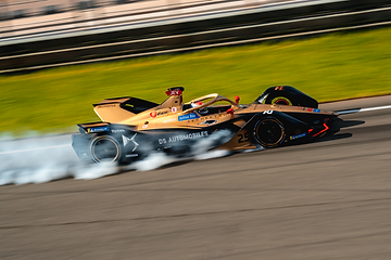 Jean-Eric Vergne (DS TECHEETAH) drives t