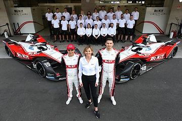 Felipe Massa and Edoardo Mortara with th