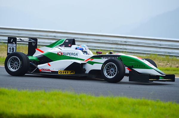 Matt Solomon racing for Eurasia Motorspo