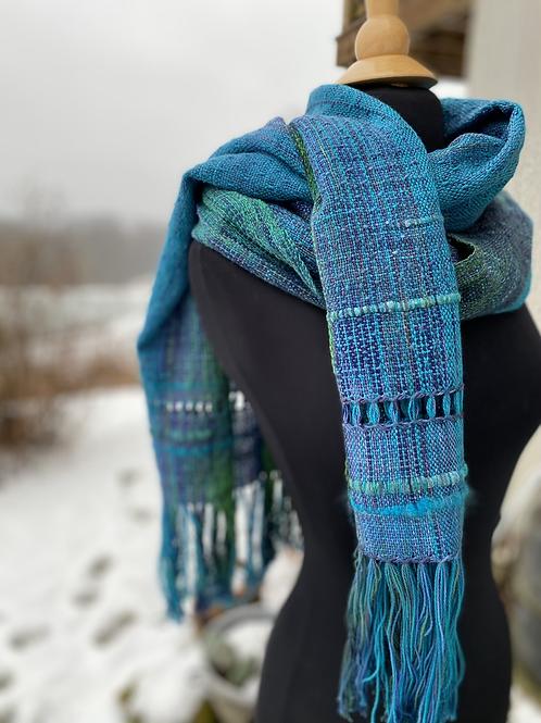 Wide skip weave scarf