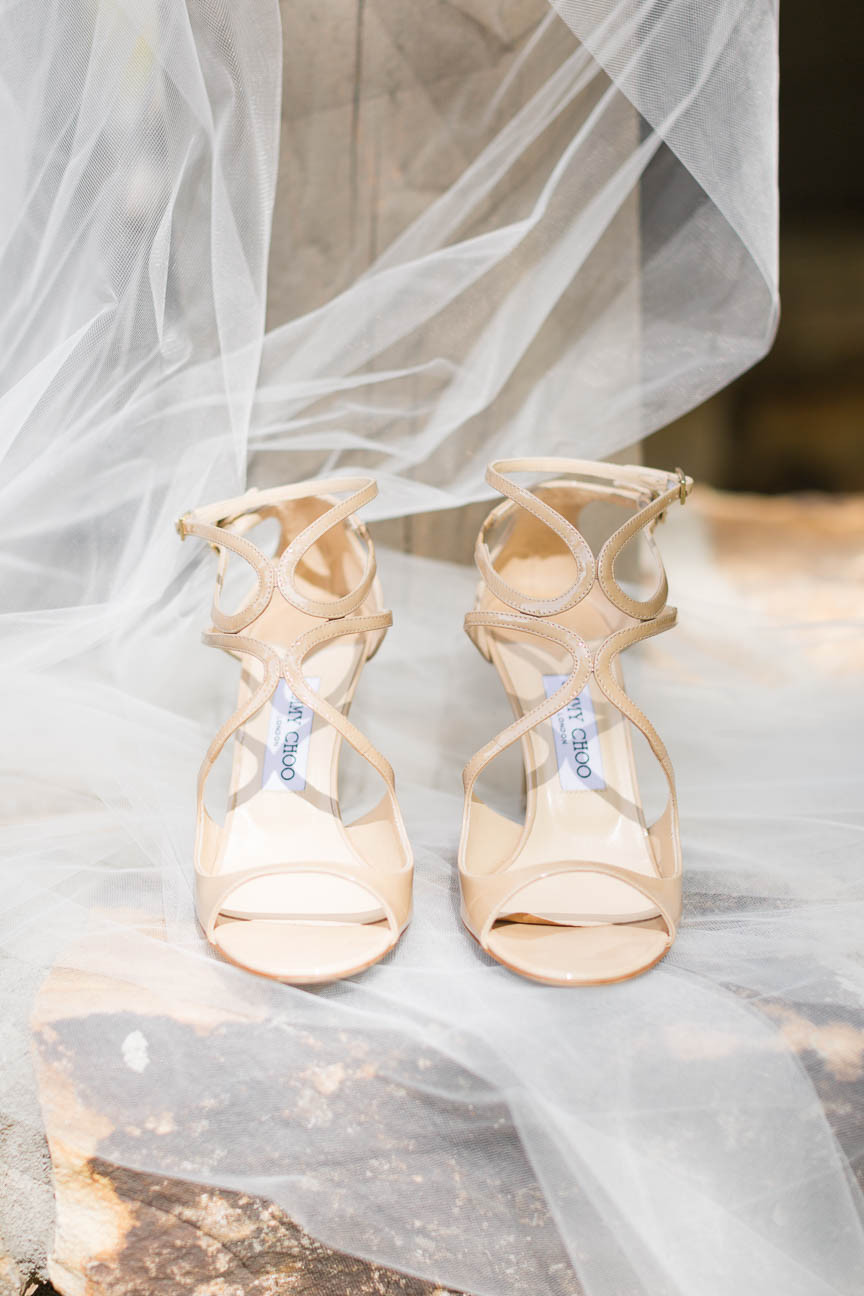 jimmy choo bridal shoes and veil