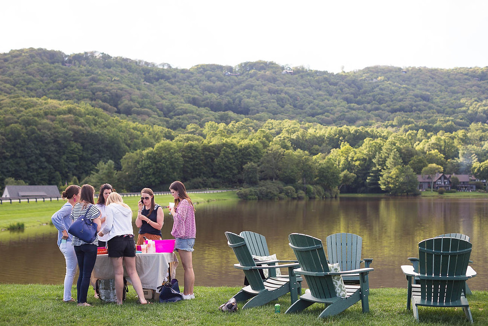 image of happy hour on the lake in NC