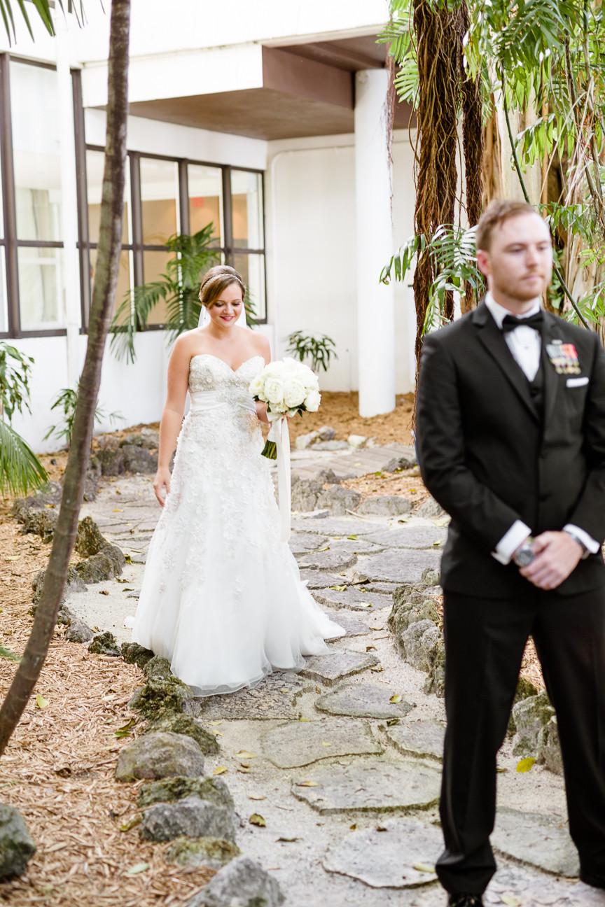 First look under a banyan tree in FL, destination wedding, southern weddings, wedding photography