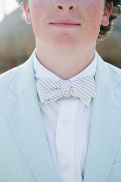 Groomsman's attire