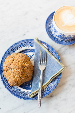 Scone-and-latte-at-Methodical-Coffee-in-