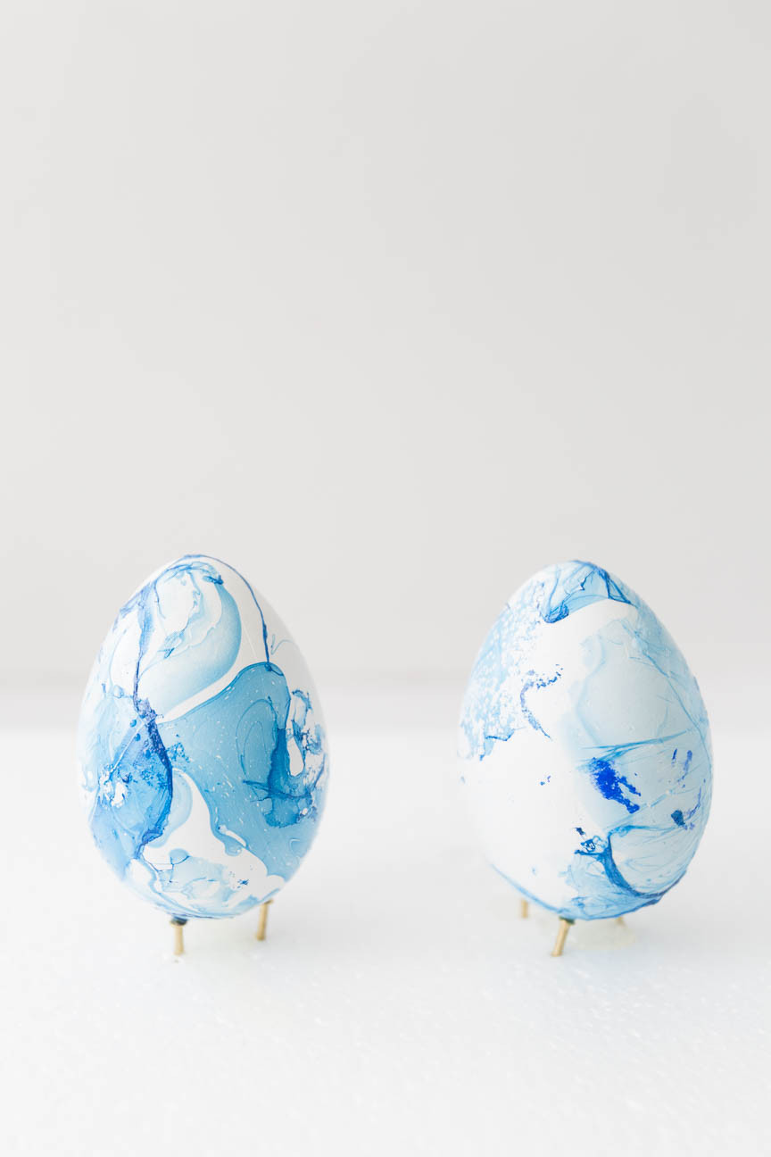 marble dyed easter eggs, DIY, Greenville SC photography