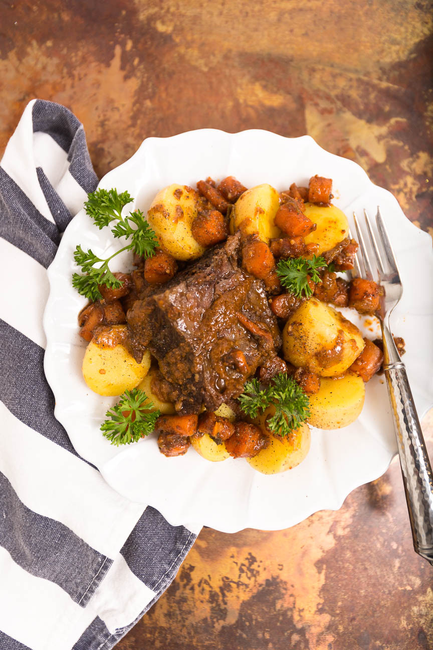 short ribs with rosemary potatoes and carrots