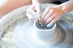 Throwing a Clay Pot