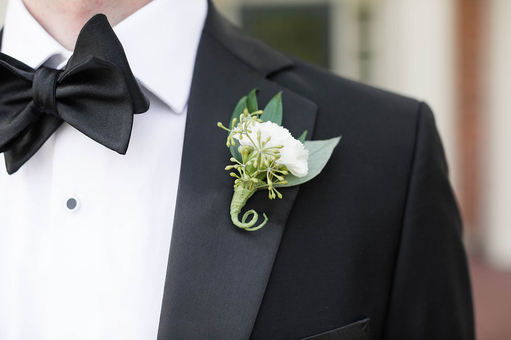 groom's boutineer, florals