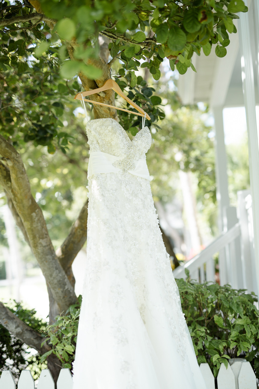 Mary + Chris' Tropical Florida Keys Wedding