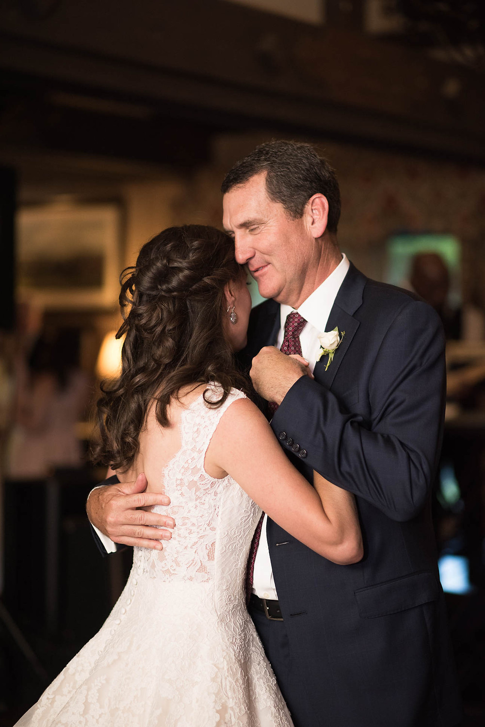 bride's first dance with her father