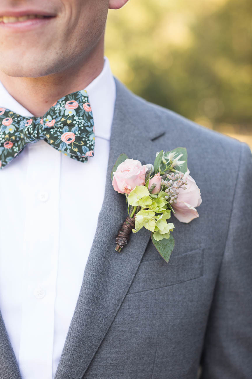groom's boutonnière
