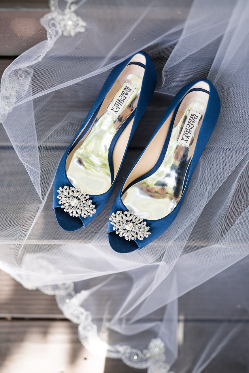 navy Badgley Mischka peep toe shoes, lace veil, detail shot, southern wedding, wedding photographer