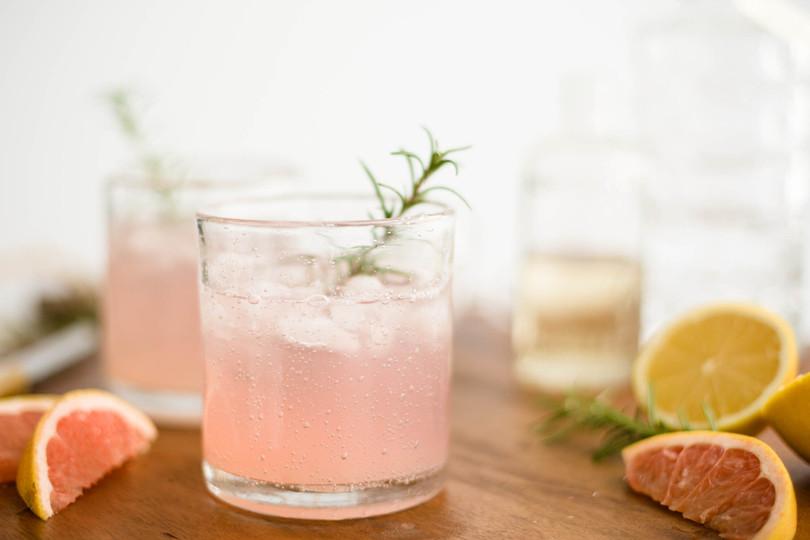 Grapefruit-elderflower-cocktail_©Cameron