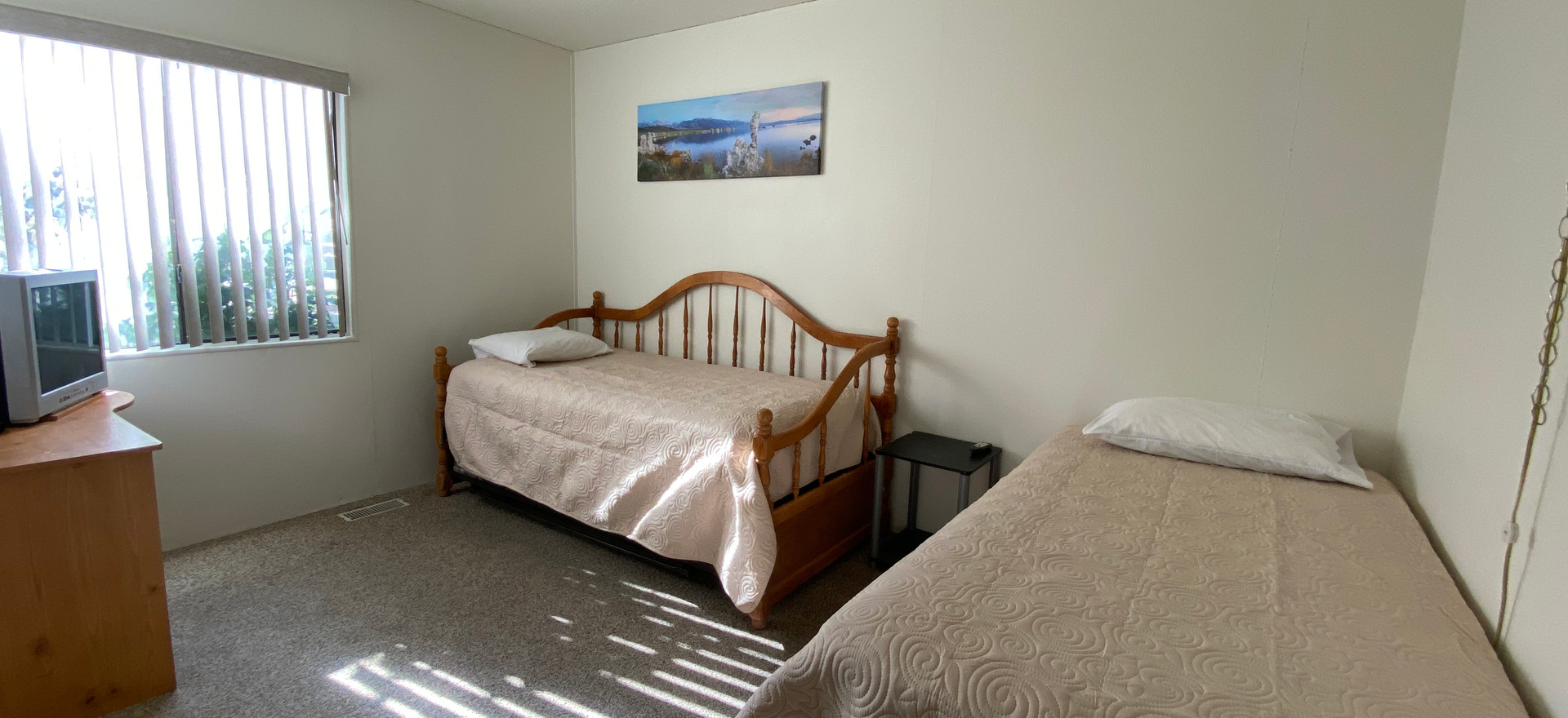 3rd Bedroom - 2 Twin Beds w/ Trundle Bed