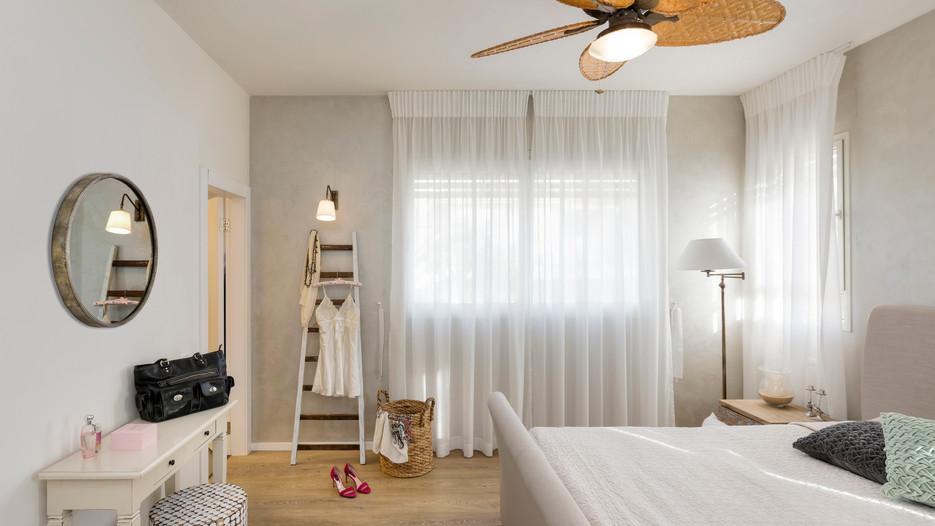 עיצוב עבור חדר שינה גדול במרכז הארץ