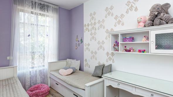 מעצבת חדרי ילדים על פי דרישות הלקוח