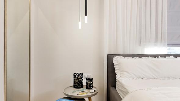 מראה בחדר שינה מעוצב אישית