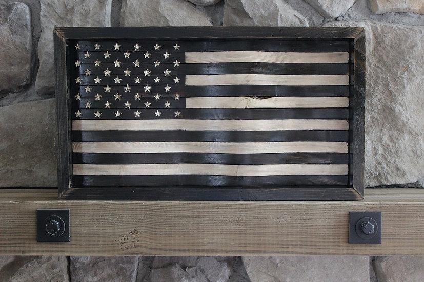 AMERICAN BLACK & WHITE WAVY FLAG