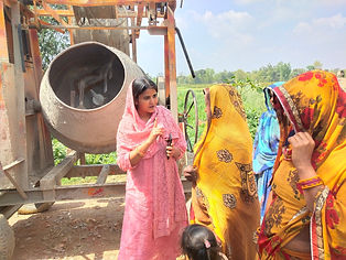 Ritu Jaiswal with villagers