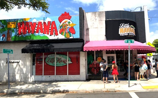 miami, little havanna, things to do, calle ocho, coupes travel, romance, 305, couples travel blog, married couples blog, black travel bloggers, travel vlog