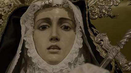Virgen Mary as archetype of female endurance