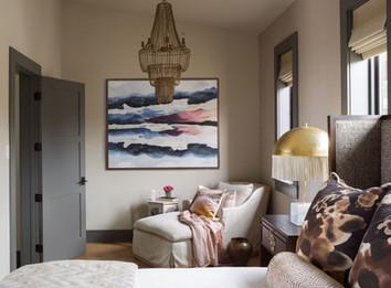 75th Avenue, bedroom