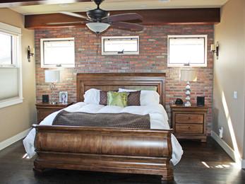 Williams Street, bedroom